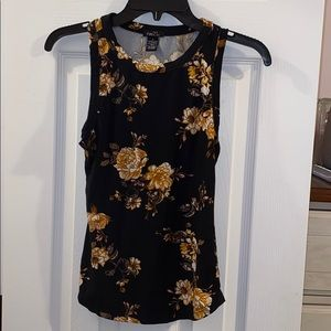 Rue21. Black floral tank. Size Small.